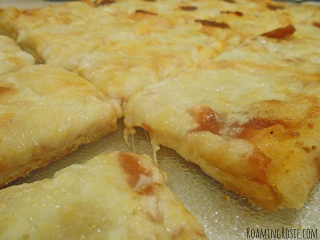 Easy Pizza Dough Recipe at RoamingRosie.com