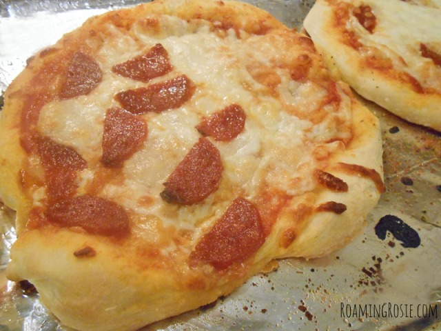 Easy Pizza Dough Recipe at RoamingRosie.com