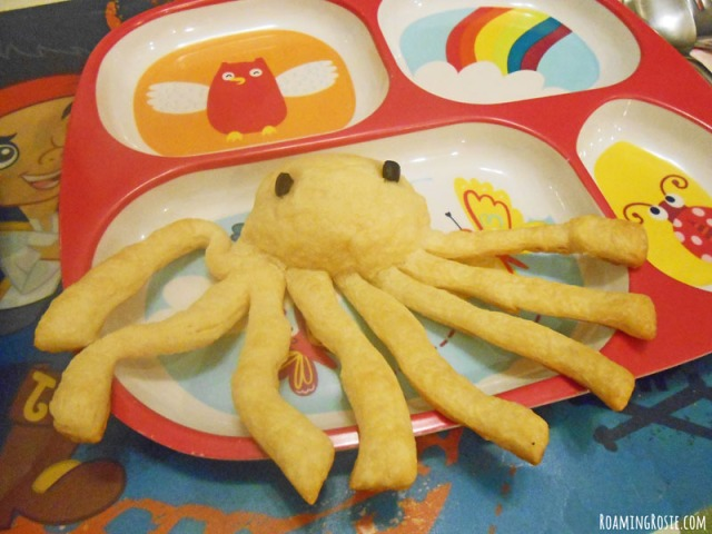 Octopus Dinner Rolls