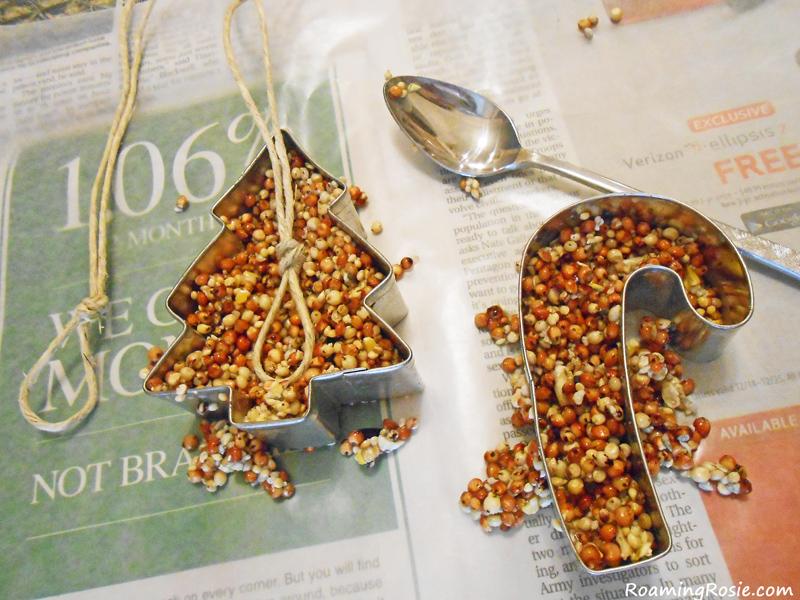 Ornamentos en forma de corazón de la semilla del pájaro - la ama de casa no tan moderna