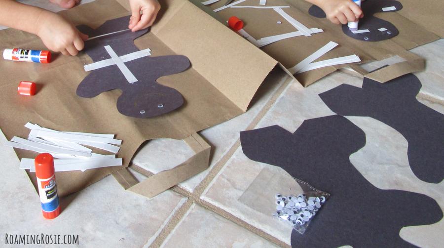 Halloween Construction Paper Mummy 3