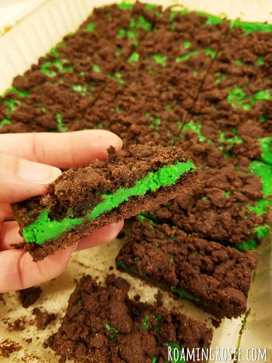 Mint Chocolate Cheesecake Bars 8